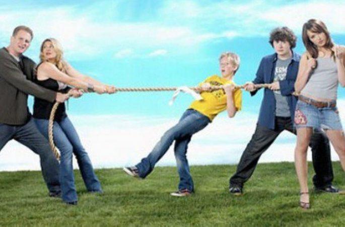 """Essere genitori di un adolescente oggi: le sfide e le istruzioni """"per l'uso""""!"""